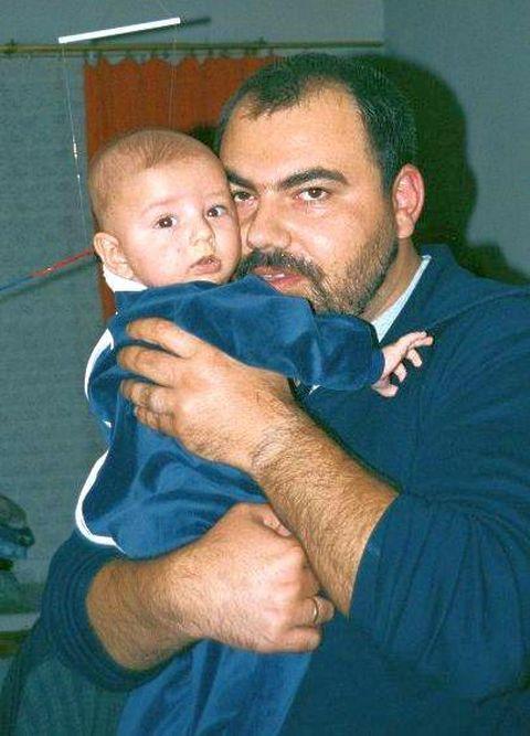 млад татко
